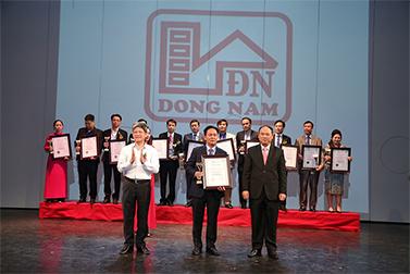 Công ty TNHH XD Đông Nam được vinh danh trong top 60 thương hiệu, sản phẩm uy tín ngành xây dựng Việt Nam